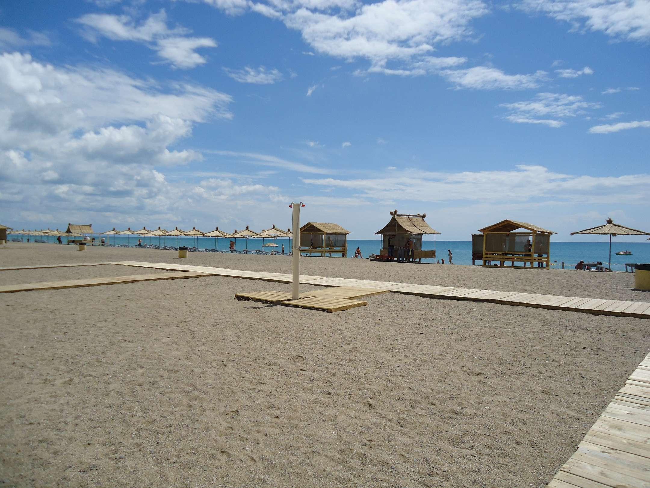 Песчаные пляжи саки фото